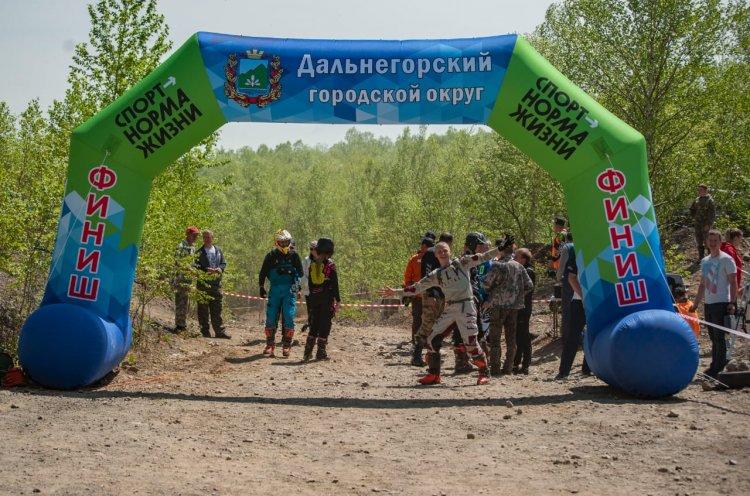 Дальнегорск впервые принял этап чемпионата края по эндуро