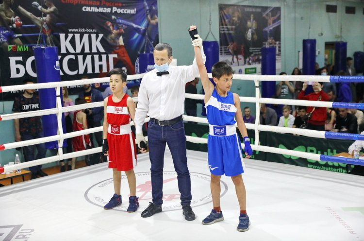 Детский турнир по боксу памяти Ильи Петрука состоялся во Владивостоке