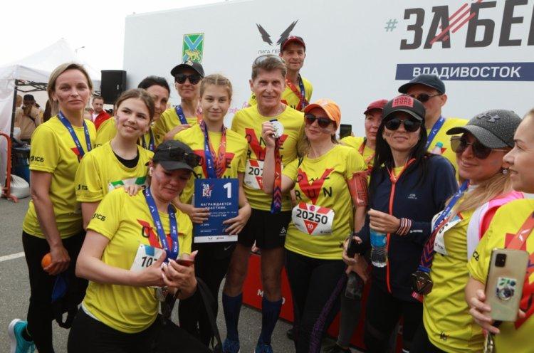 Во Всероссийском «ЗаБеге.РФ» во Владивостоке на старт вышло более 3,5 тысяч человек