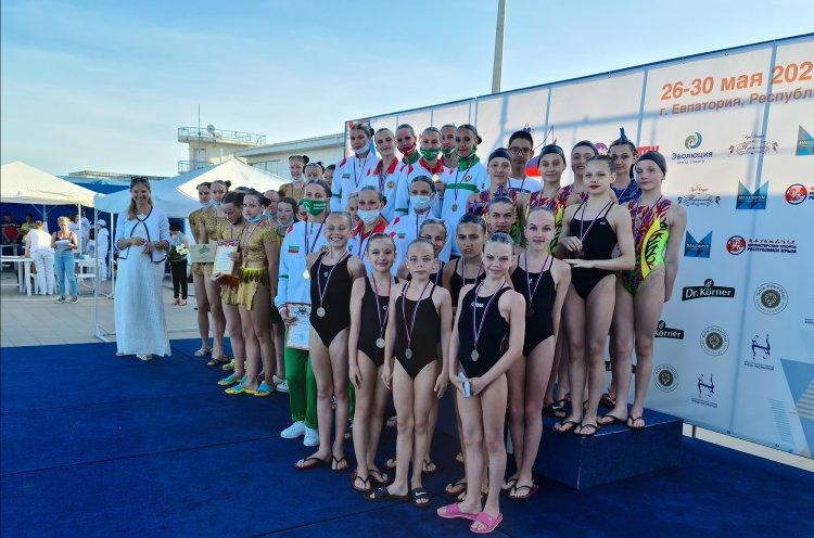«Бронзу» всероссийских соревнований завоевали приморские синхронистки