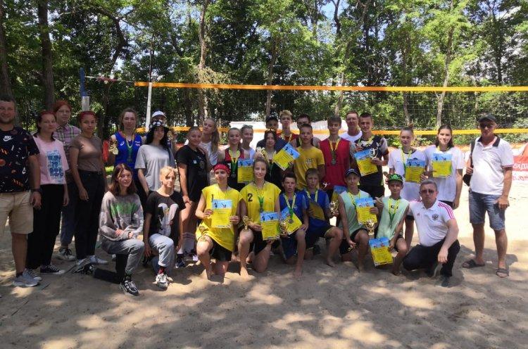Девять медалей выиграли приморцы на первенстве ДФО по пляжному волейболу