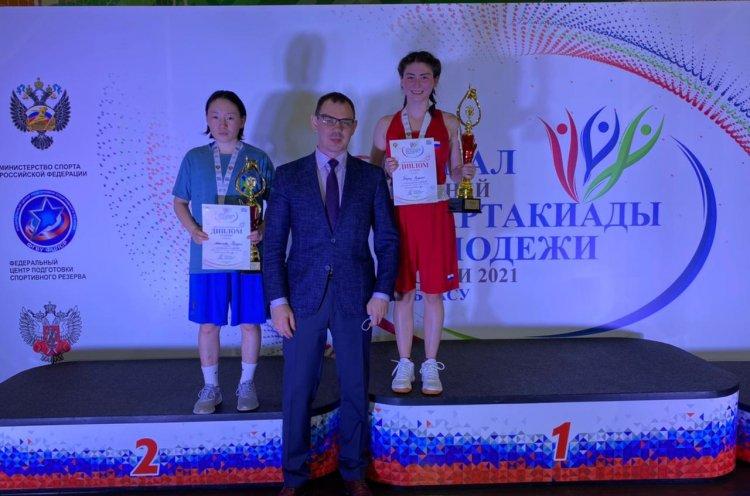 Кундуунэ Алексеева – серебряный призер V летней Спартакиады молодежи России по боксу