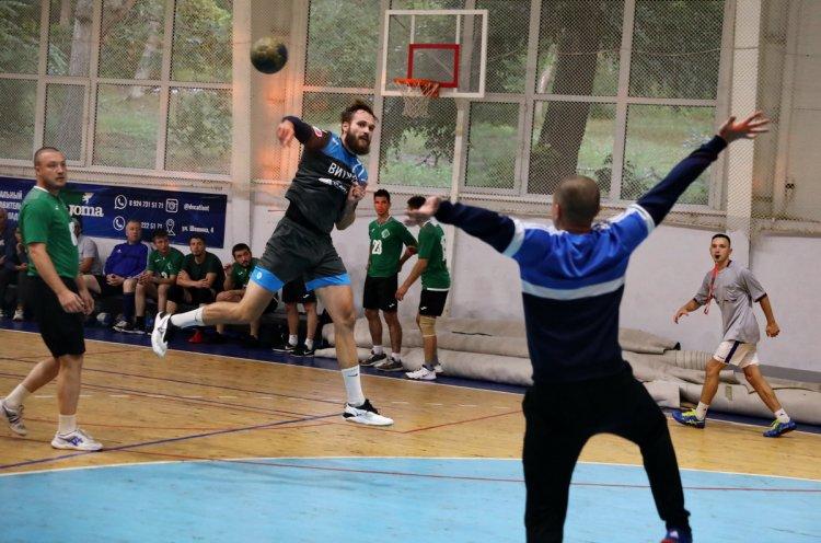 «Витязь» из Владивостока второй год подряд выступит в 1/32 финала Кубка Росси по гандболу