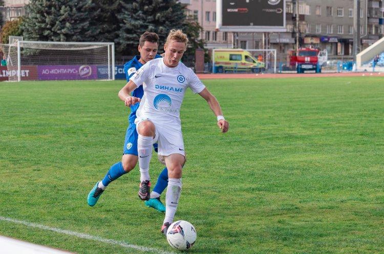 «Динамо-Владивосток» обыграло в Курске местный «Авангард» со счетом 2:1