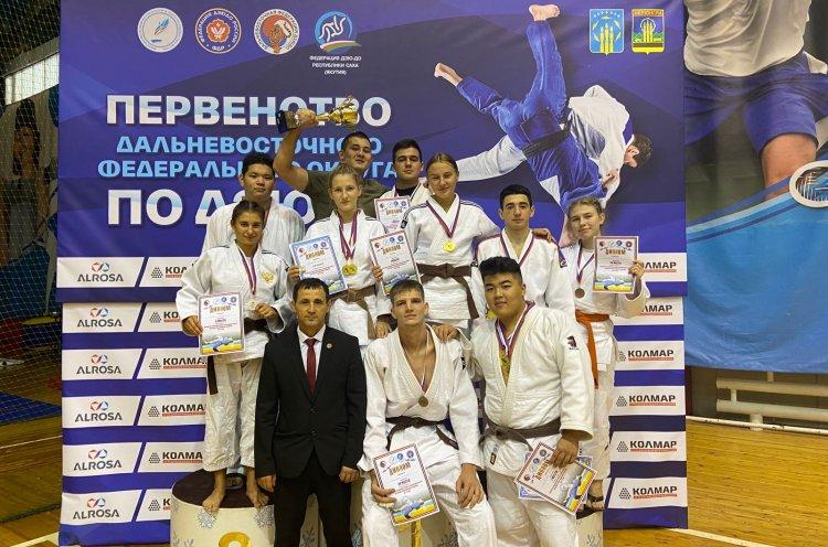 Приморские дзюдоисты завоевали 18 медалей на первенстве Дальнего Востока в Нерюнгри