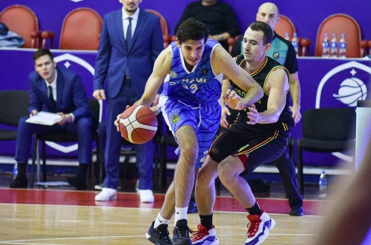 Баскетболисты владивостокского «Динамо» провели первый домашний матч