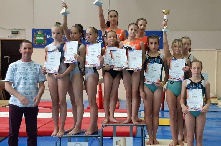 Приморские гимнастки победили на первенстве ДФО в Благовещенске